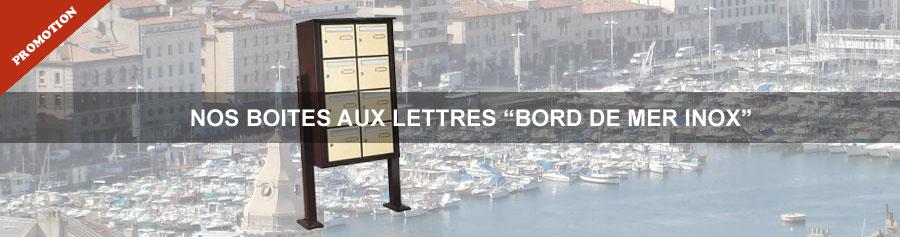 Bloc boites aux lettres collectives bord de mer